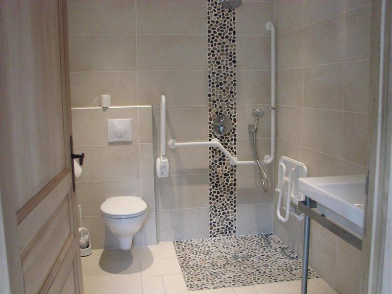 G te de pinch vre salles d 39 eau proche d 39 alen on orne - Salle d eau douche italienne ...